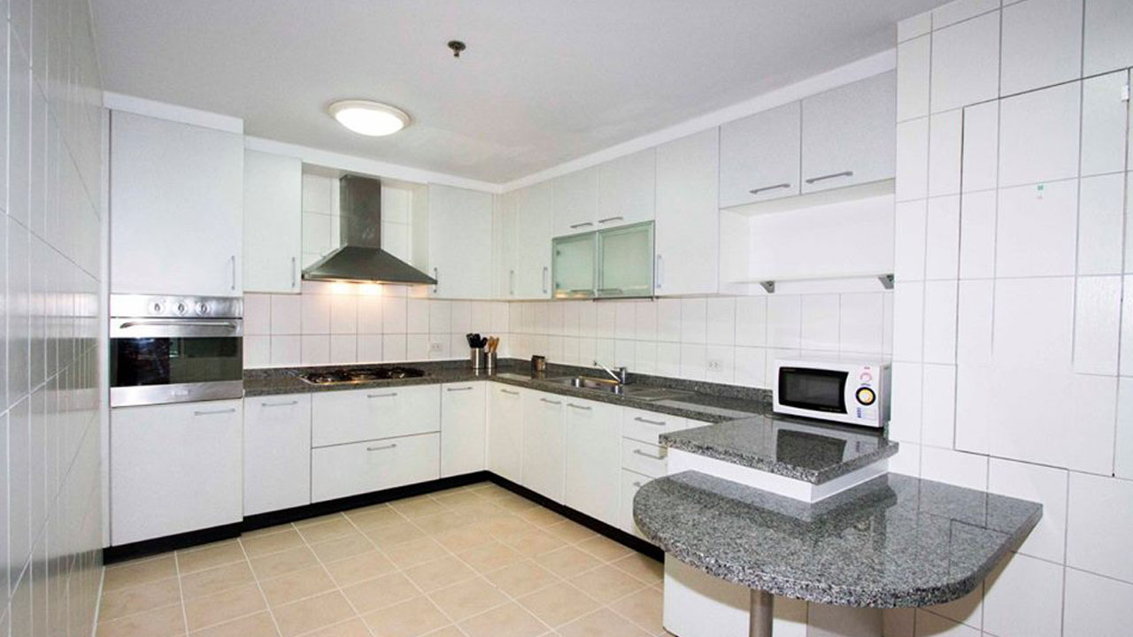 grand-sethiwan-bangkok-apartments-for-rent3